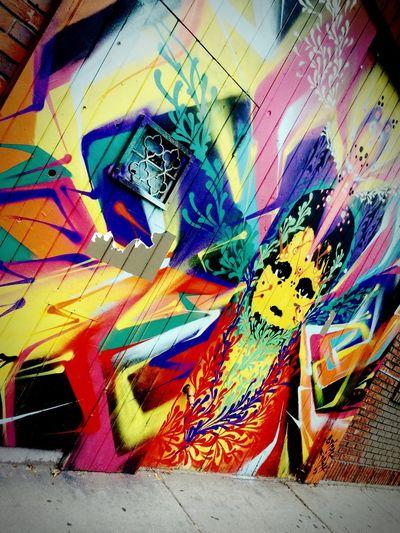 A beautiful mess 🙈 Chicagograffitti Chicago Graffiti Milwaukee
