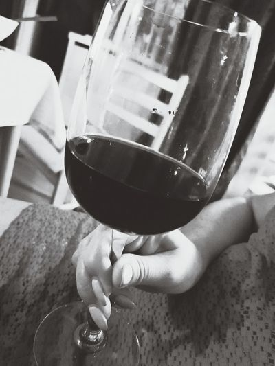 Drinking wine, feeling fine. Night Alcohol Cheers Party Evening Dinner Time Wineglass Wine Redwine Bloodpressure Stabilized