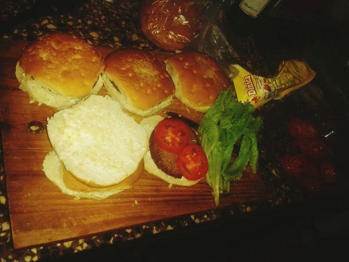 hamburguesas con mi amor ♡