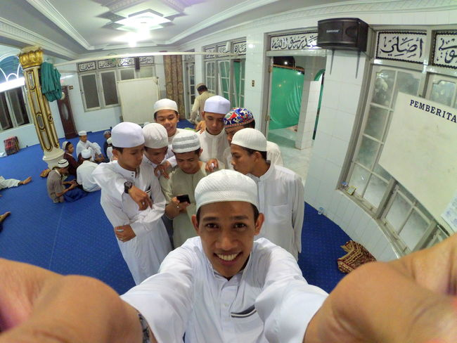 I Am A Muslim Mosque Friendlove رمضان Smile ✌ Martapura Banjarmasin Yogyakarta INDONESIA First Eyeem Photo Eyem Gallery