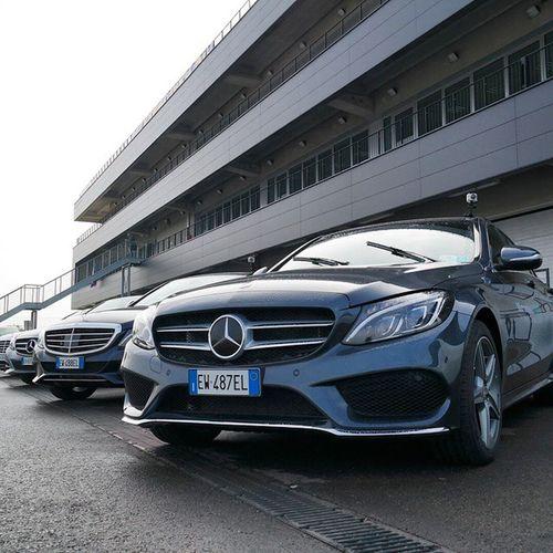 Che faccio, la provo? 😀 @MercedesBenz_IT Mercedesbenz NuovaClasseC ClasseE Hybrid Hybrid231 BluetecHybrid AutodromoModena @AutodromoModena