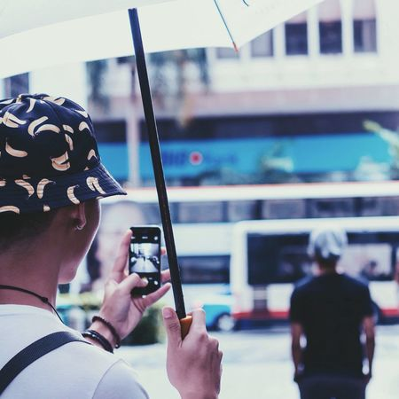 I think phone photography is great too. Street vibes 3 Street Vibes People Photography Moments EyeEm Best Shots Street Portrait Street Fashion Street Photography Streetphotography IPhoneography