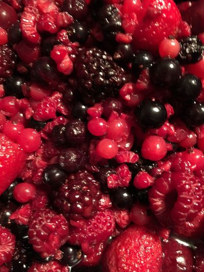 Fruit Red Beeren Freshness Healthy Eating Food And Drink Berries Ready-to-eat Food Fruits