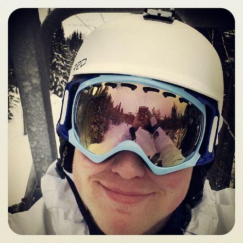 Yolo Skule Selfie Oakley burton smiley hasthg lift snow snö träd snowboard snöbrädda skulebacken skuleberget