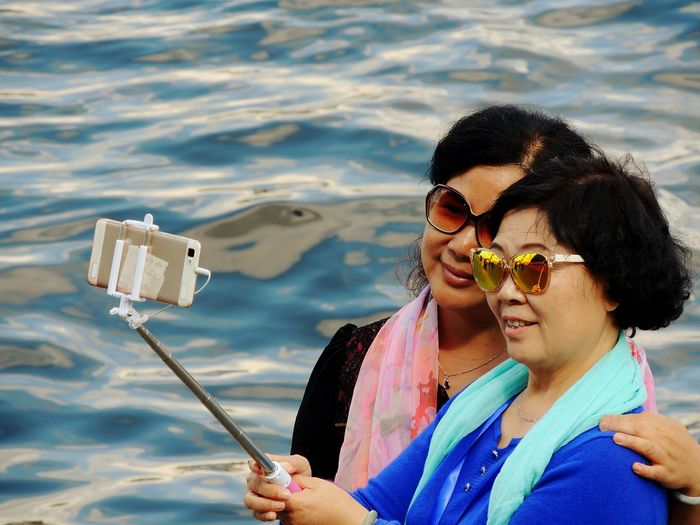 Tourist From China Sankt-peterburg Selfie ✌ River Neva The Portraitist - 2016 EyeEm Awards