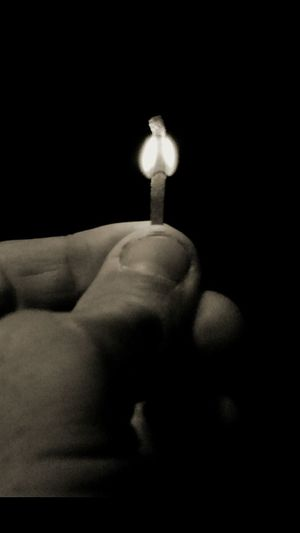 Apparently not good enough to be blessed with a clear sky to watch the super moon eclipse tonight, I have to settle for a Flame from a Match ... How pathetic... Matches Matchstick Black And White Photography Black & White Black And White Collection  Monochrome Monoart Just Playing Around