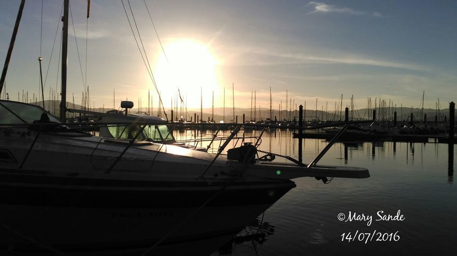 Sunrise Photography Eyeemphotography EyeEm Best Shots EyeEm Gallery Boats⛵️ Marine Water Sun Innerpeace Spain♥ Galiciameiga Galicia Calidade Galiciaparadise Morning Sky Relaxing Moments