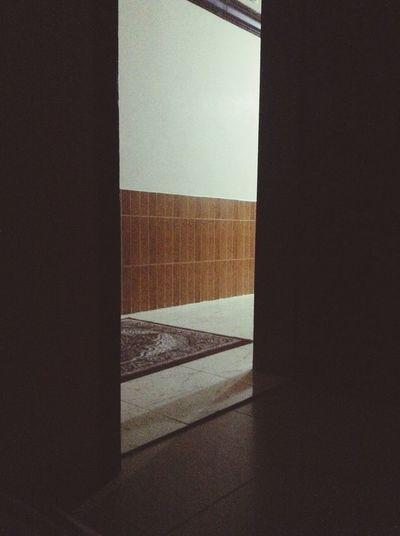 اترك الباب مفتوحا املا لرجوعك ? First Eyeem Photo