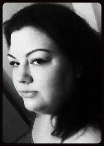 ooh la la That's Me Hello World Beauty Self Portrait