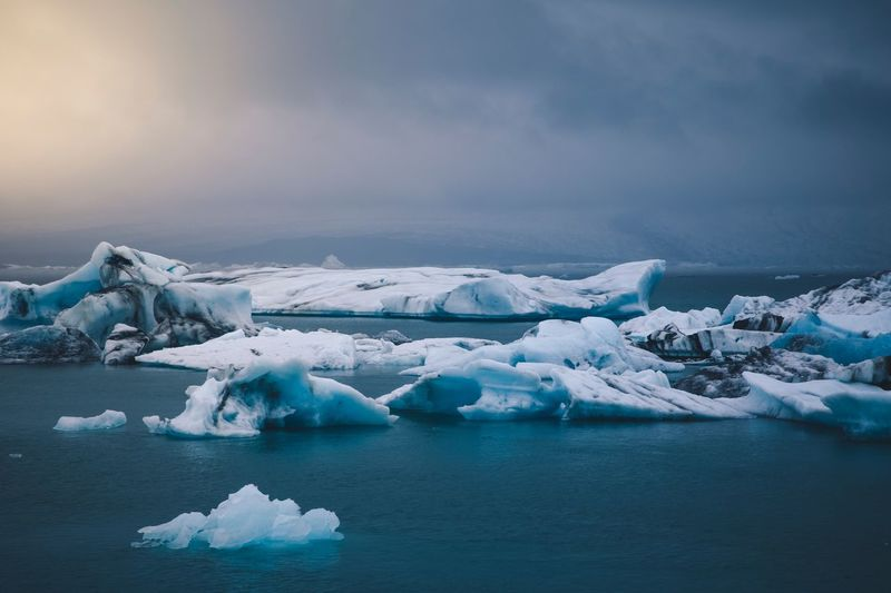 Iceberg,