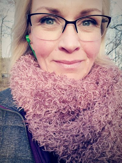 Looking At Camera Portrait Eyeglasses  Smiling Human Face Pink Color Outdoors Women Nature Close-up Worrier Fighter 55days Nevergivingup Sobriety  Stillfocus That's Me So It Is Warm Clothing Relaxation