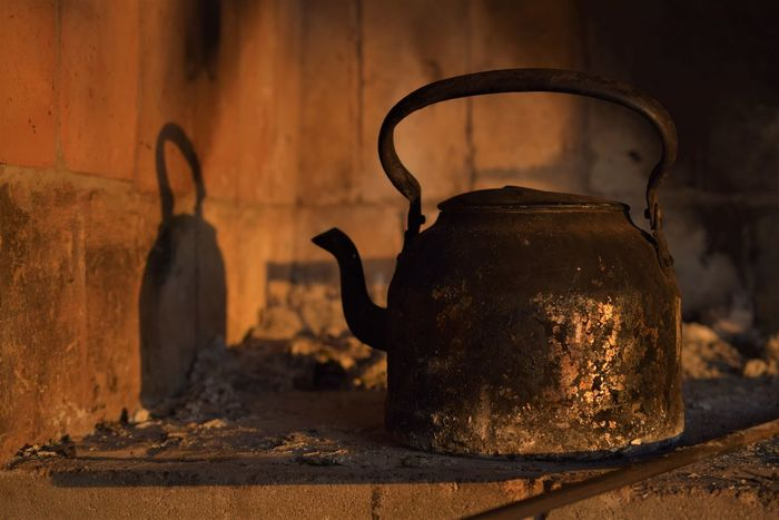 Asador Atardecer Kettle Ashes Close-up Day Food Food And Drink Freshness Healthy Eating Indoors  No People Old-fashioned Pava Rusty Still Life Stove Sunset Table