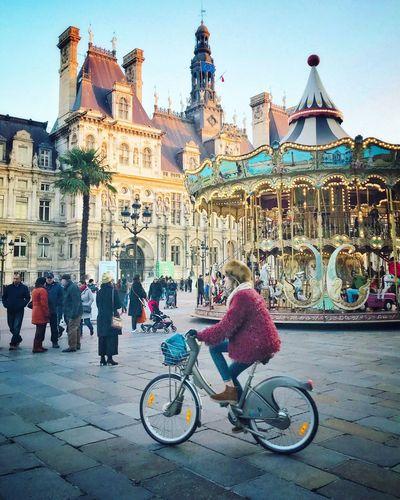 Good Evening Paris! Bonsoir Paris Bicycle Cycling City Winter Merrygoround Fairground Parisweloveyou Paris EyeEm Best Shots Architecture Photooftheday Eyem Best Shot - Architecture Travel Destinations