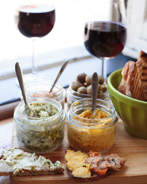 Wineglass Wine Red Wine Drinking Glass Alcohol Food And Drink Bread Indoors  Drink No People Appetizer Ready-to-eat Day Freshness