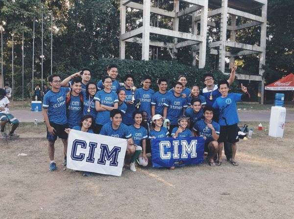 Medlympics Ultimate Frisbee çim  Sports Friends
