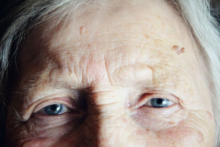 Close-up Creative Photography Creativity EyeEm Best Shots EyeEmBestPics EyeEmNewHere Grandma Human Body Part Human Eye Human Face Nikon Nikond3300 Old People The Photojournalist - 2017 EyeEm Awards The Portraitist - 2017 EyeEm Awards Wrinkled Place Of Heart