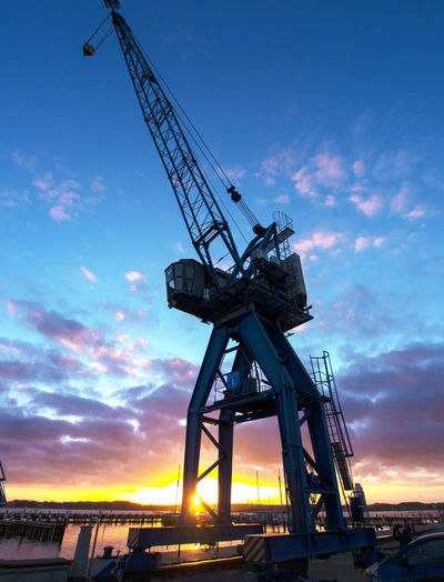 Blue Cloud - Sky Crane Crane - Construction Machinery Development Drilling Rig Evening Sky Harbour Harbour Cranes Harbour View Industrial Equipment Industry Night No People Outdoors Rural Scene Scenics Schlei Schleswig Sky Sundown Winter Sky Schleswig-Holstein Maritime Photography