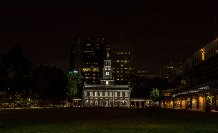 These are photos taken in Philadelphia, Pennsylvania, of the Independence Hall. Declaration Of Independence EyeEm Gallery Grass Lights Long Exposure Shot Nightphotography Philadelphia Philly Sky And Clouds Trees Architecture Building Exterior City Clock Tower History Howard Roberts Illuminated Independence Hall Night No People Outdoors Philadelphia Pennsylvania Phillyphotographer Sky Tourism Destination