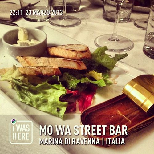 InstaPlace Instaplaceapp Instagood Travelgram Photooftheday Instamood Picoftheday Instadaily Photo Instacool Instapic Picture Pic @instaplacemobi Place Earth World Italia Italy IT Marinadiravenna Mowastreetbar Nightlife Party Street Night