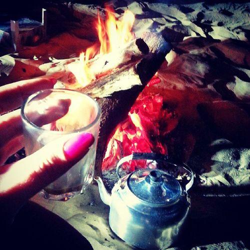 Best karak I ever had ? Desert Swehan Camping Karak tea fire night arabic abudhabi simplythebest simplyabudhabi instaabudhabi united_arab_emirates myabudhabi inabudhabi ♡