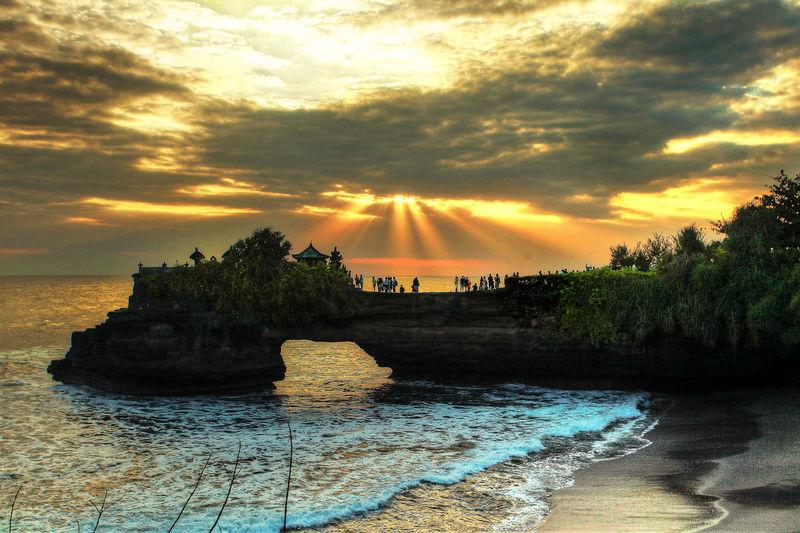 light at tanah lot bali The Great Outdoors - 2018 EyeEm Awards Tree Water Sunset Sunlight Sky Cloud - Sky