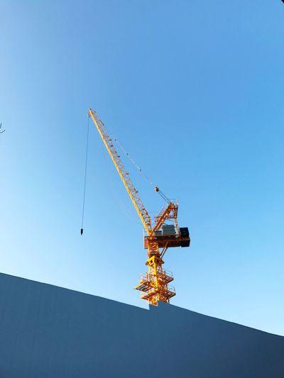 Crane Yellow Korea Itaewon Itaewon Freedom Clear Sky Blue Sky