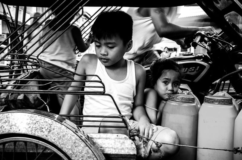 Flaneuring in Black and White Black And White Blackandwhite Eyeem Philippines Philippines Street Street Photography Streetphoto Streetphoto_bw Streetphotography Streetphotography_bw The Street Photographer - 2016 EyeEm Awards