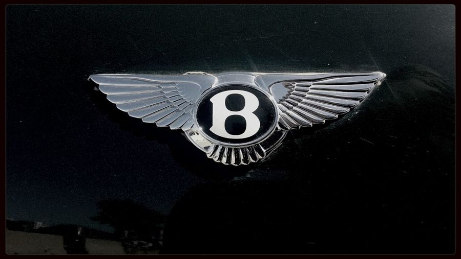 Bentley Hello World Cars Blac&white