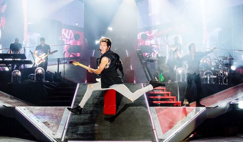 Niall Horan One Direction Jump