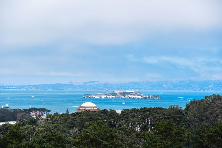Looking to Alcatraz Sea Water Sky Cloud - Sky Nature Day Scenics Horizon Over Water Outdoors Beauty In Nature No People Blue Built Structure Tranquility Architecture Nautical Vessel Beach Tree Building Exterior