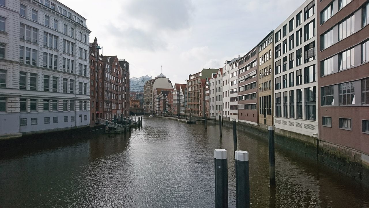 architecture, building exterior, canal, water, built structure, waterfront, sky, day, no people, outdoors, city