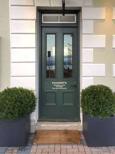 Eichardt's Queenstown Queenstown Nz Queenstown Queenstown Newzealand Door Green Wooden Door