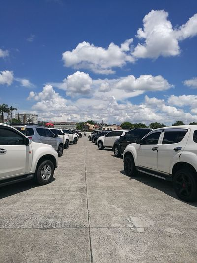 Mu-X Owners Philippines MuXOP SUV Car Club Meeting Sky And Clouds Sunny Hot Day Summer