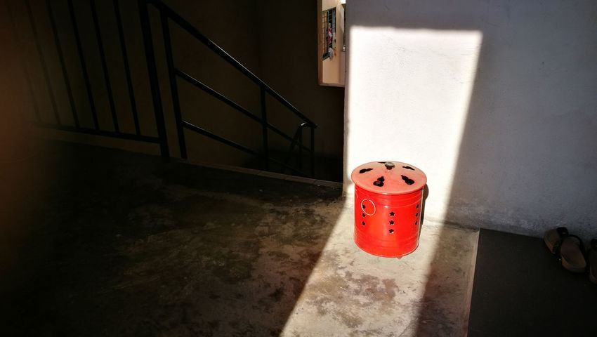 Red Shadow Day No People Sunlight Shade Staircase Nofilter P9leica Object Tong Chinese