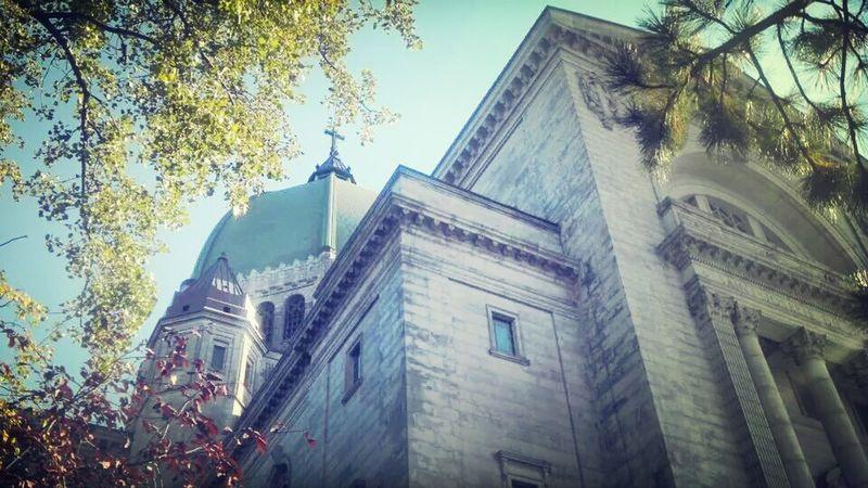 Church Taking Photos Autumn Urban Escape