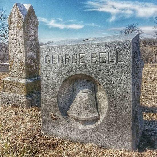 I dig his since of humor.,.... Mr. Bell ....... Ks_pride Cemeteryshots Graveyarddead Worldcemetarys Headstonehumor Wow_hdr Wow_america