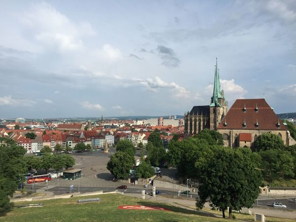On the weekend I had A Beer With A View in my former hometown. We climbed up the Petersberg and watched down the hill. - You see the famous Erfurter Dom a great old Church right in the center of Erfurt .