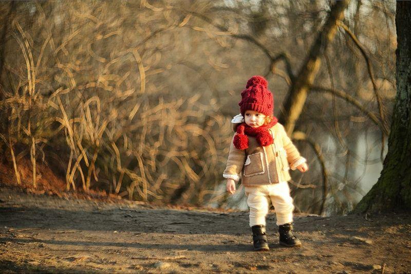 Hello World Young ребенок Wood калининград фотографкалининград портрет Фотосессия сказка Baby