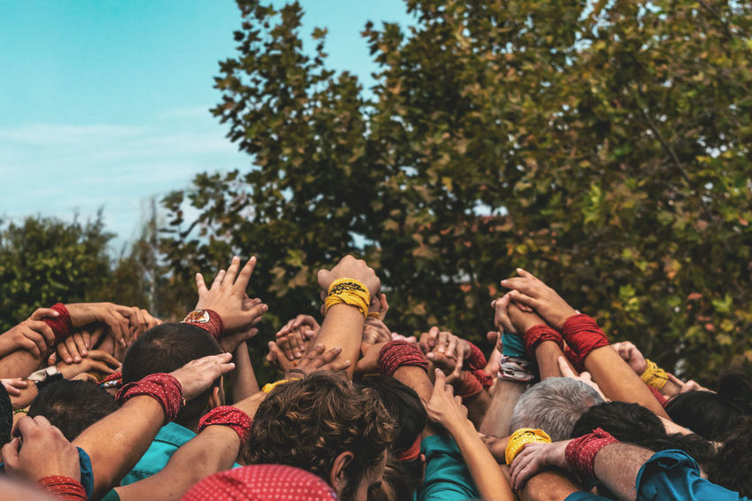 Group Of People Real People Crowd Tree Large Group Of People Plant Men Event Lifestyles Day Women Leisure Activity Enjoyment Nature Togetherness Adult Outdoors Performance Fun Festival Arms Raised Human Arm Music Festival Excitement Concert 50 Ways Of Seeing: Gratitude