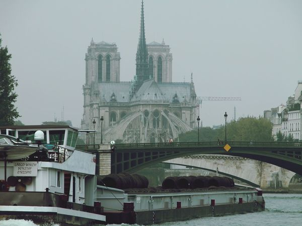 Paris Notre-Dame La Seine Taking Photos
