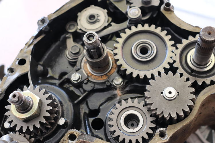 High angle view mechanism in the engine