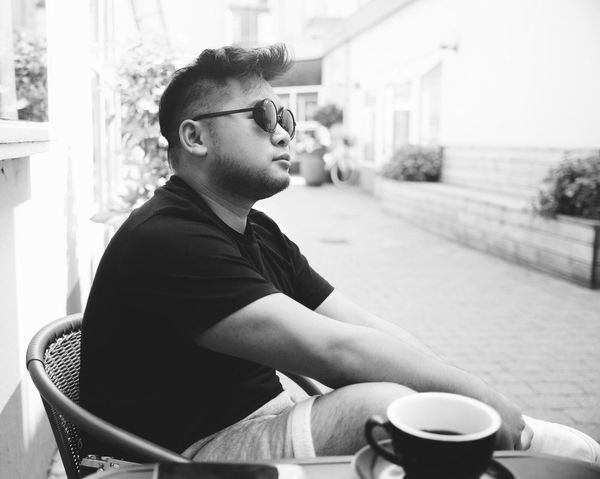 Coffee with friend ☕️ VSCO Vscocam Vscogood Vejle Summer Eye EyeEm Gallery EyeEmNewHere Portrait Monochrome Monochrome Photography Monochrome_life Blackandwhite Photography Streetphotography Blackandwhite Bw Coffee Time Photooftheday Denmark Eyeglasses