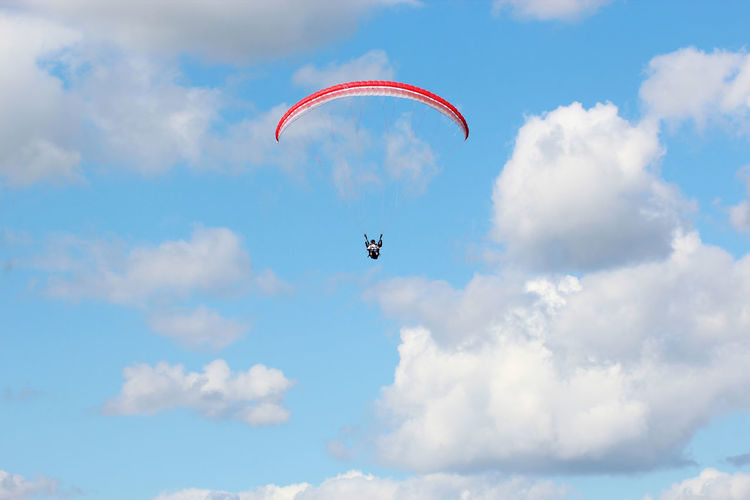 Paragliding - Adventure Adventure Time Adventures Cloud - Sky Day Exceptional Photographs Exhilaration Extreme Sports First Eyeem Photo Flying Hello World Leisure Activity Lifestyle Lifestyles Low Angle View Mid-air Nature One Person Outdoors Parachute Paragliding People Sky Taking Photos The Week Of Eyeem