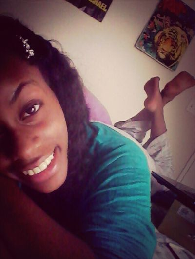 Chilling Cute That Smile Tho ;) Supposed To Be Doing Homework >.<