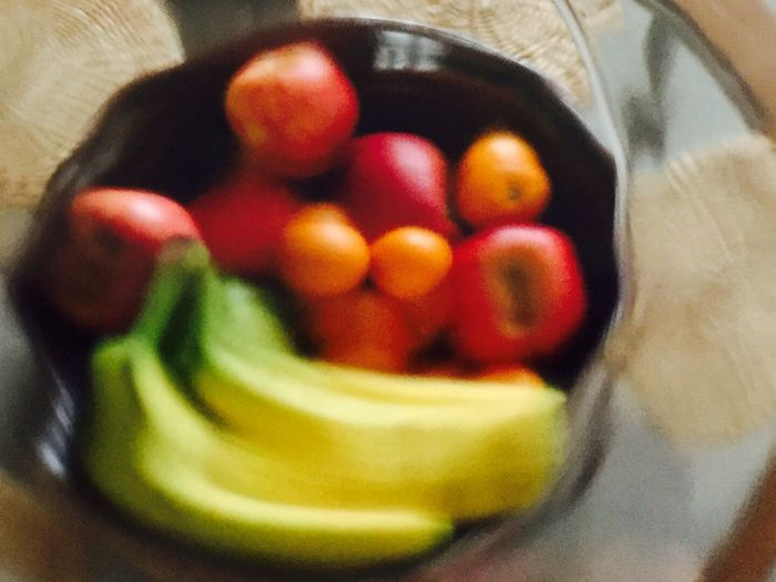 Fruit through glass/Expressionism/Impressionism