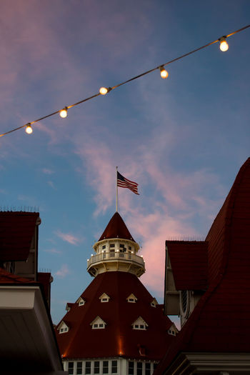 California Coast California Outdoors Sunset String Lights Lights Hotel Del Coronado Coronado Beach Hotel Flag American Flag