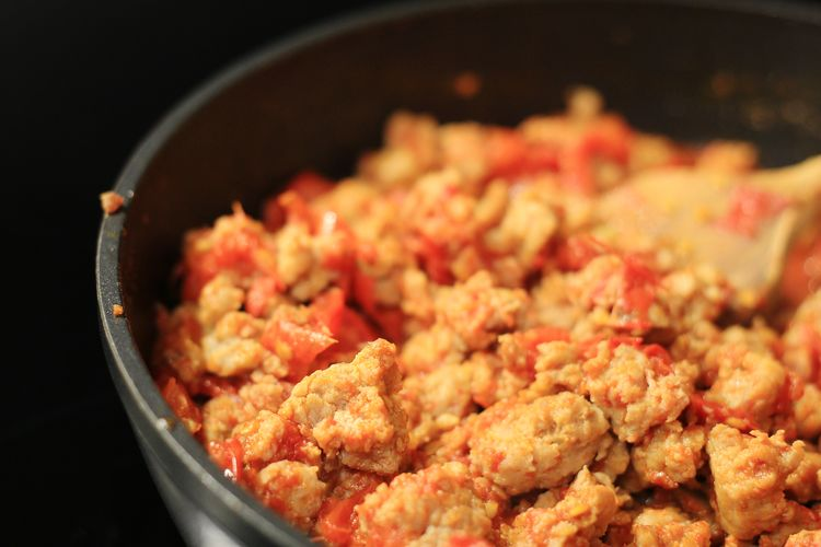 Minced Meat Tomato EyeEm Selects Skillet- Cooking Pan Black Background Meat Close-up Food And Drink Frying Pan Pan Cooking Pan