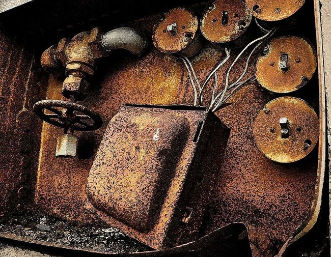 Rusted Electrical Box Full Frame Textured  Close-up No People Vintage Old Patina Brown Beautiful Rusted Metal  Rustic Beauty Unusual Beauty Fine Art Interior Decorating Interior Decor Interior Detail The Still Life Photographer - 2018 EyeEm Awards The Creative - 2018 EyeEm Awards