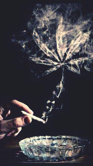 smokin ohhh yehh bbe :)