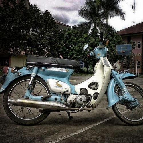 Honda C70  Bekjul Instagram motorcycle vintage old instahub instamood indonesia